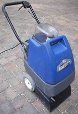 Small upright carpet cleaner machine