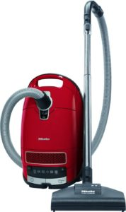 What is the best cylinder vacuum cleaner for pet hair. Miele C3.